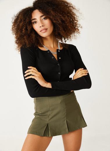 XHAN Siyah Çıtçıtlı Bluz 1Kxk3-44439-02 Siyah